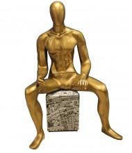 Manequins fibra dourado sentado pose